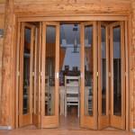 Masivna harmonika vrata - ostakljena
