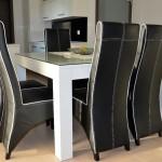 Masivni stol, bijelo bojani - visoki sjaj
