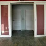 Masivna ostakljena klizna vrata i seljački pod