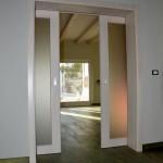 Masivna ostakljena klizna vrata